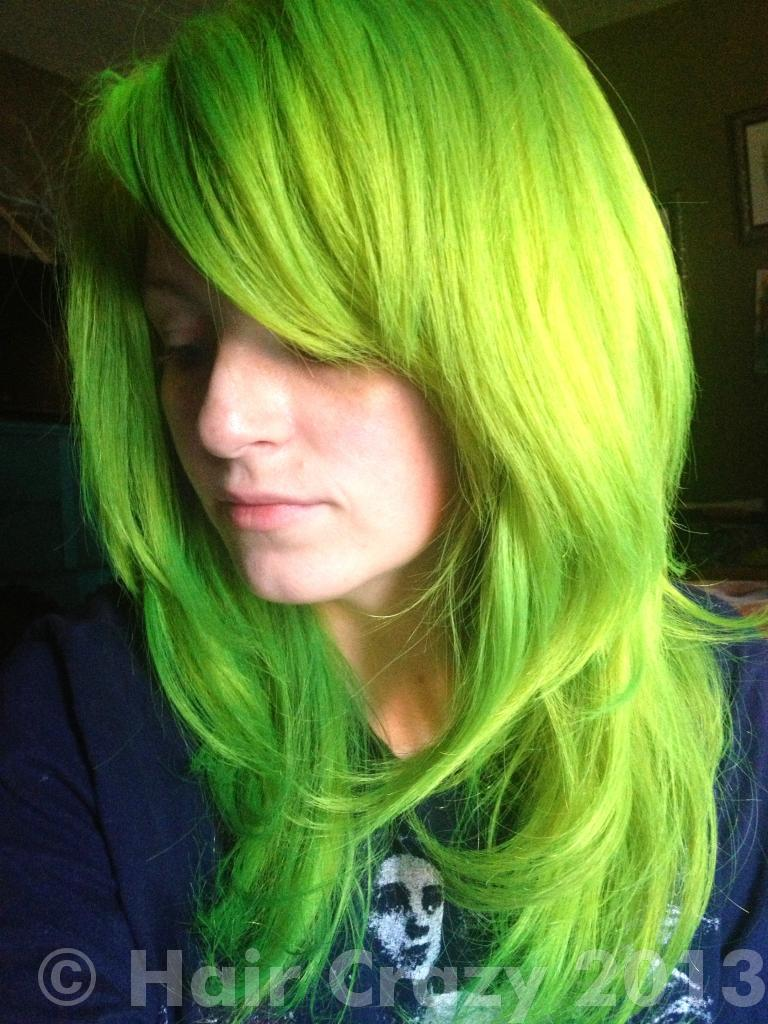 Fashion style Green and yellow hair for woman